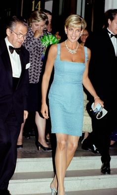 Diana's necklace is valued by auctioneers for an estimated $12 million dollars. Photo: © Tim Graham/Getty Images