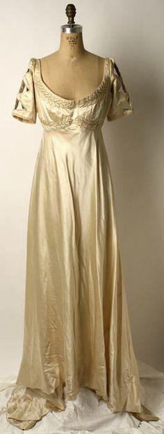 Dress ca. 1910 via The Costume Institute of the Metropolitan Museum of Art