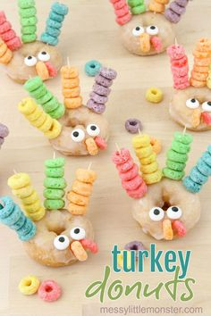 Easy Thanksgiving treats for kids - turkey donuts. A fun turkey activity for preschoolers to work on fine motor skills.