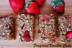 Raw Strawberry Oat Breakfast Bars from Fragrant Vanilla Cake