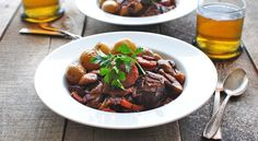 How to Make Julia Child's Beef Bourguignon.  I have been wanting this recipe!!!  And just in time for fall!