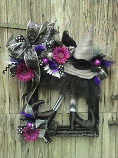 Custom Witch Frame Wreath.