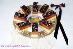 Ce a mai gatit Timea. Romanian Desserts, Pinterest Recipes, Cakes And More, Gem, Breakfast Recipes, Sweet Treats, Goodies, Cooking Recipes, Birthday Cake