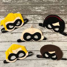 The Incredibles Inspired Super Hero Felt Masks Incredibles Costume Diy, Incredibles Birthday Party, The Incredibles, Halloween Party Favors, Family Halloween Costumes, Birthday Party Favors, Halloween Dress, 3rd Birthday, Carnaval Costume