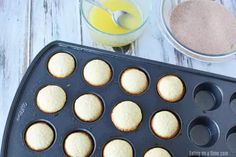 If you love old fashioned sugary donuts but hate all the work, you will love Cinnamon Sugar Mini Donut Muffins. Learn how to make easy Mini Donut Muffins. Corn Dog Muffins, Donut Muffins, Mini Muffins, Blueberry Oat Muffins, Baked Donuts, Doughnut, Cinnamon Sugar Donuts, Cinnamon Recipes, Muffin Recipes