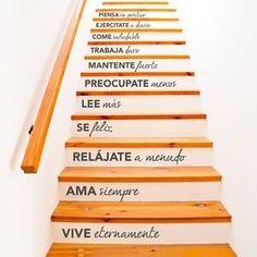 Llena tu casa de buena vibra con este vinilo decorativo y nunca olvidarás éstas reglas básicas de la vida para conseguir ser feliz. Encuéntralo en www.pick2stick.com desde 29,90€ #QuotesEnEspañol #frases #vida #escalera