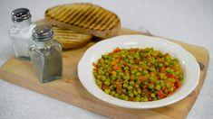 Reteta culinara Mancare de mazare de post din categoria Mancaruri de post. Cum sa faci Mancare de mazare de post Beans, Vegetables, Food, Meal, Beans Recipes, Essen, Vegetable Recipes, Hoods, Prayers