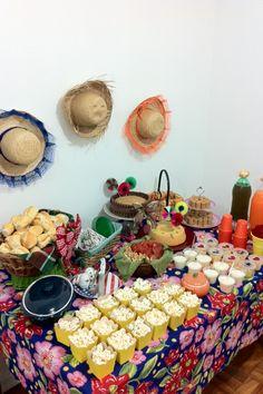 Bolo de Paçoquinha e Decoração para Festa Junina