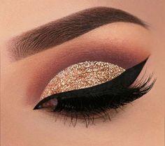 #GlitterEyeshadow