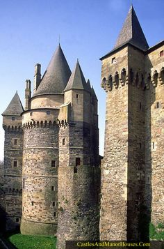 Château de Vitré,  Vitré, Ille-et-Vilaine, France...     www.castlesandmanorhouses.com   ...   The first stone castle here was built by the baron Robert I of Vitré at the end of the 11th century. The site chosen, a rocky promontory, dominated the valley of the Vilaine. A Romanesque style doorway still survives from this building. During the first half of the 13th century, baron André III, rebuilt it in its present triangular form, following the contours of the rocks, surrounded with dry…