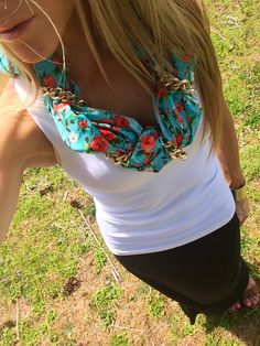 Perfect SPRING/SUMMER scarf!!! Blue floral print with gold chain. #ShopNatalieMay