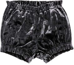 Puff pants in crushed velvet. Ruffled, elasticized waistband and hems. Pyjama Sexy, Sexy Pajamas, Pvc Corset, Girl Outfits, Fashion Outfits, Plastic Pants, Kids Fashion, Womens Fashion, H&m Online