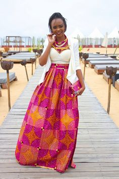 That blouse is an absolute NOT. But I LOVE the skirt and necklace! African Attire, African Wear, African Dress, African Clothes, African Style, African Beauty, African Princess, African Traditional Wedding, Style Africain