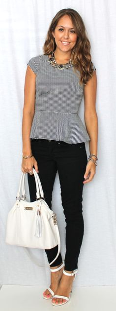 J's Everyday Fashion - peplum top and black jeans Clothing Blogs, Love Clothing, Pretty Outfits, Cute Outfits, Js Everyday Fashion, Casual Outfits, Fashion Outfits, Professional Outfits, Work Attire