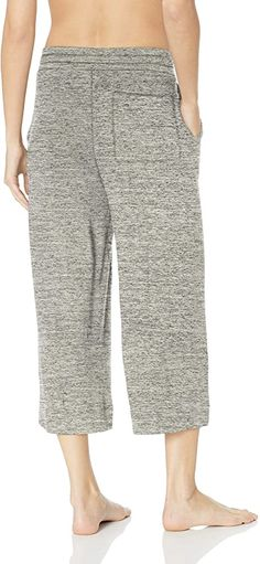 Amazon Brand - Mae Women's Standard Supersoft French Terry Cropped Lounge Pant, heather grey, Medium: Amazon.ca: Clothing & Accessories Lounge Pants, Clothing Accessories, French Terry, Cropped Pants, Heather Grey, Capri Pants, Amazon, Medium, Shopping