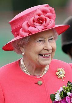 Queen Elizabeth, Oct 29, 2013 in a Rachel Trevor Morgan hat. Honestly, this hat looks good enough to eat!