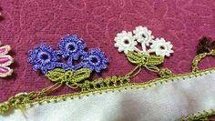 TIĞ İŞLERİ ÖRGÜLER: YENİ YEMENİ YAZMA TÜLBENT OYA ÖRNEKLERİ Kare Kare, Flower Granny Square, Crochet Flowers, Crochet Earrings, Coin Purse, Sewing, Lace, Crafts, Crochet Stitches