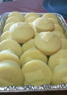 Tried and tested oven baked puto! yummy and sticky! (baked for 23 minutes) Puto Recipe Baked, Filipino Puto Recipe, Filipino Dishes, Filipino Recipes, Filipino Food, Filipino Desserts, Pinoy Recipe, Vietnamese Recipes, Bakery Recipes
