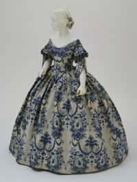 Philadelphia Museum of Art - Collections Object : Woman's Evening Dress: Bodice and Skirt