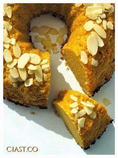 Pomarańczowe ciasto z kaszy jaglanej