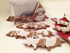 Gingerbread Dachshund Cookies by idylwyldcreative on Etsy, $36.00