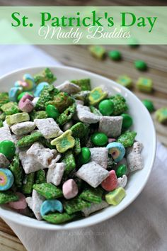 St. Patrick's Day Muddy Buddies - Frugal Mom Eh!