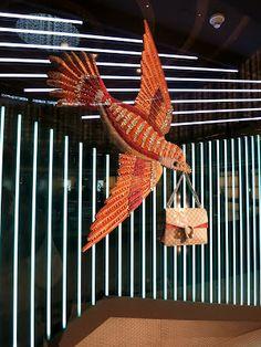 www.retailstorewindows.com: Gucci, Dubai