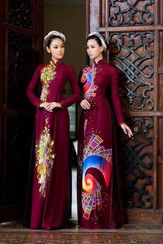 Bạn gái Trương Nam Thành làm mẫu áo dài đôi hình ảnh 1 Ao Dai, Vietnamese Clothing, Vietnamese Dress, Vietnam Costume, Traditional Gowns, Vietnamese Traditional Dress, Different Dresses, Dressy Dresses, Wedding Dress Styles