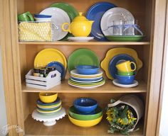 Fiesta Dinnerware announces its new color of 2017, Daffodil, as featured in the Field of Flowers color palette - Daffodil, Shamrock, White, Lapis | www.alwaysfestive.com