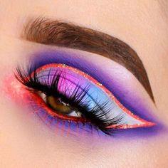 Eye Makeup Designs, Eye Makeup Art, Eyebrow Makeup, Makeup Inspo, Eyeshadow Makeup, Makeup Inspiration, Crazy Eyeshadow, Cut Crease Makeup, Gel Eyeliner