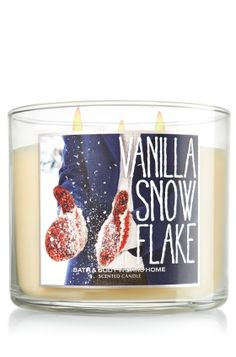 Vanilla Snowflake Candle - Slatkin & Co. - Bath & Body Works- One of my favorite candle scents of theirs.