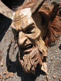 Google Image Result for http://1.bp.blogspot.com/_sDSxD5xNw9o/STluoMdd7LI/AAAAAAAAArY/iC3IfpZARvY/s400/03-carved%2Bwood%2Bdevil%2Bkrampus.jpg