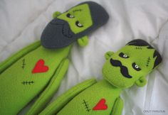 zombies-01 by crazy_pangolin, via Flickr