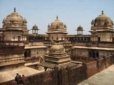 Day 6: Orcha, 17th century medieval city just outside Jhansi -- en route via car to Khajuraho