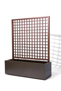 Rectangular Planter with Trellis Aluminum and IPE - Planter Finish : Bronze