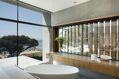 Modern beach house located in Sorrento, Australia, designed by AM Architecture. Interior And Exterior, House, Exterior Shades, House Styles, Modern, Beach Mansion, Australian Interior Design, House Tours, Beach House Pictures