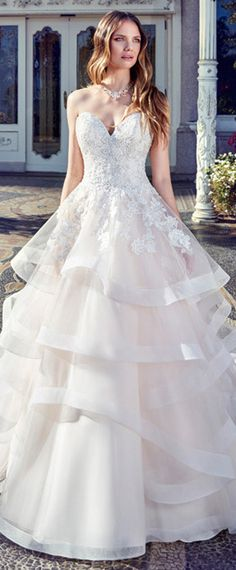 NEW! Gorgeous Tulle Sweetheart Neckline A-Line Wedding Dress With Lace Appliques & Sequins