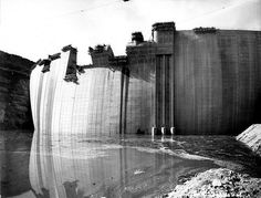 Construction du barrage de Vouglans (Jura) by ASPHOR, via Flickr
