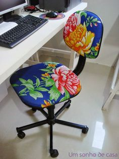 Chair for computer. Furniture Makeover, Cool Furniture, Painted Furniture, Chair Makeover, Painted Chairs, Upholstered Furniture, Classroom Decor, Boho Decor, Decoration