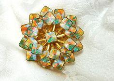 Hey, I found this really awesome Etsy listing at https://www.etsy.com/listing/215555672/sparkle-brooch-square-rivoli-swarovski