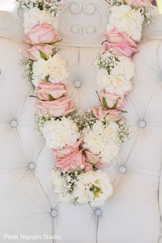 Marvelous Indian wedding garlands. original Indian Wedding Flowers, Flower Garland Wedding, Outdoor Indian Wedding, Indian Wedding Ceremony, Floral Garland, Wedding Garlands, Bridal Flowers, Flower Garlands, Wedding Garland Indian