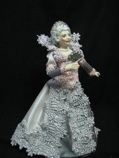 M Miniature 1/12 scale porcelain doll. An Elderly by KaysStudio