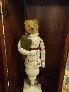 Make-do by Joel Hoy Peggy Fleming, Fuzzy Wuzzy, Teddybear, Pin Cushions, Primitive, Bears, Cottage, Dolls, Friends