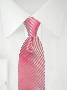 Rosa Krawatte mit Streifen