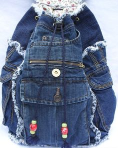 Let's continue to submit crafts from denim Denim Backpack, Denim Purse, Denim Outfit, Backpack Purse, Jean Crafts, Denim Crafts, Artisanats Denim, Blue Denim, Love Jeans