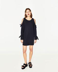 ZARA - WOMAN - OFF-THE-SHOULDER DRESS 39.90 USD COLOR: Navy blue 2078/169