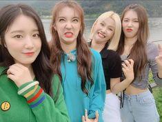 """""""Neverland remember this pics? Kpop Girl Groups, Korean Girl Groups, Kpop Girls, Korean Girls Names, South Korean Girls, Extended Play, First Girl, My Girl, K Pop"""