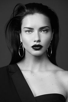 Supermodel Adriana Lima takes the spotlight for BCBGMAXAZRIA's fall-winter 2019 campaign. Called markBe Your Own Muse', she poses in glamorous studio snaps… Girl Face, Woman Face, Portrait Photography, Fashion Photography, Model Face, Brazilian Models, Black And White Portraits, Foto E Video, Supermodels