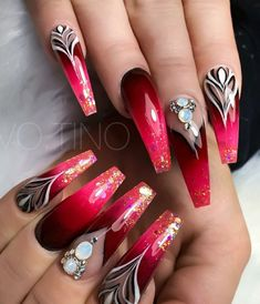 50 Easy And Glamorous Ombre Nail Art Design Ideas For Summer red coffin nails ombre - Coffin Nails Fabulous Nails, Perfect Nails, Gorgeous Nails, Coffin Nails Ombre, Red Nails, Ombre Nail, Red Summer Nails, Acrylic Nails, Stiletto Nails