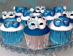 Blue and white Mardi Gras cupcakes